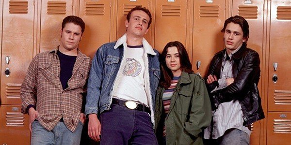 FREAKS AND GEEKS -- NBC Series --- Pictured: (l-r) Seth Rogen as Ken Miller, Jason Segel as Nick Baron, Linda Cardellini as Lindsay Weir, James Franco as Daniel -- NBC Photo: Chris Haston
