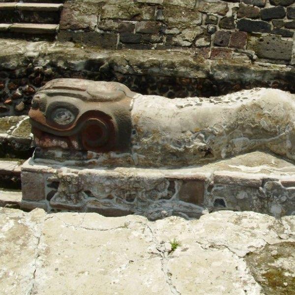 Coatepantli-tenochtitlán
